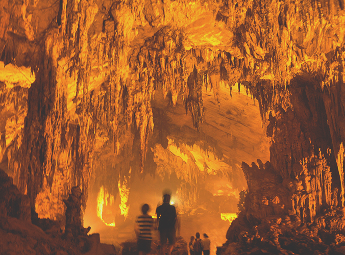 Hua Ma cave, Ba Be National Park